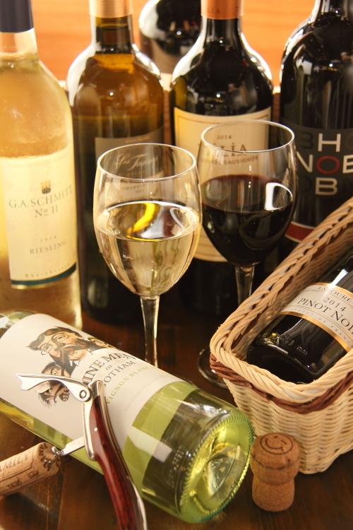 世界各地のワイン♪常時40~50種