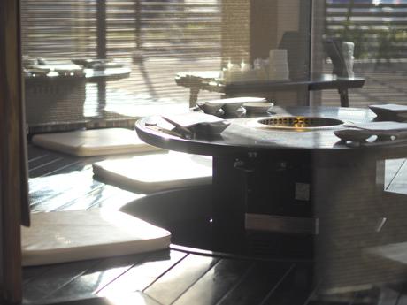 ★- 全テーブル無煙ロースター使用 -★