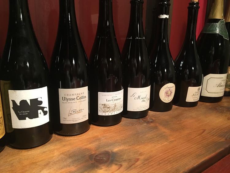 こだわりの自然派ワインの数々