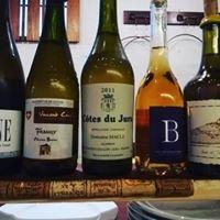 自然派のワインも多く取り扱っています