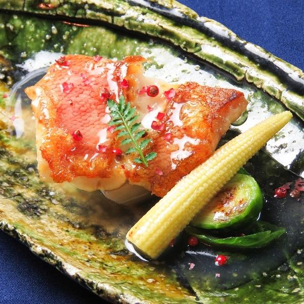 九州から空輸される食材(ジャポニムズ)