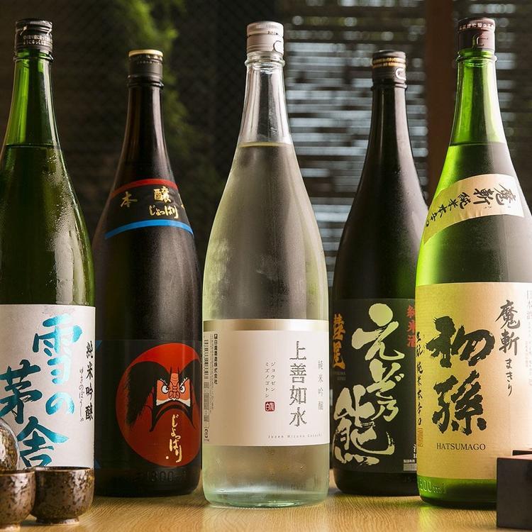 全国から選りすぐったお酒の数々