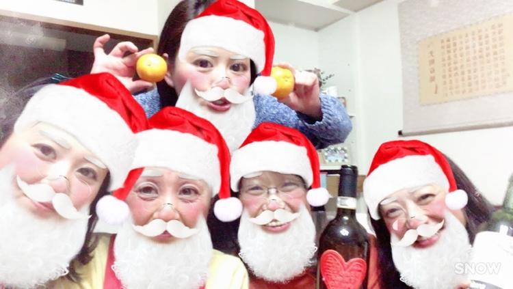 スタッフクリスマスパーティーの一コマ