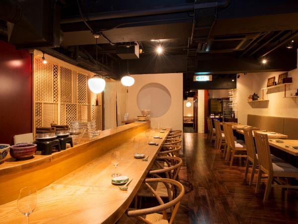 オープンキッチンのある和モダンな空間