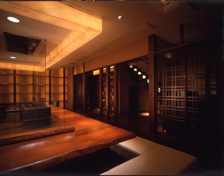 1階カウンター席