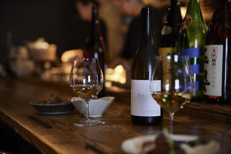和食に合うワインと純米酒を提案しています