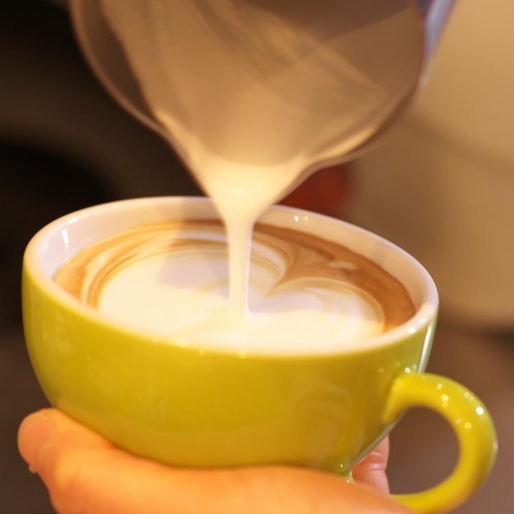 店内にはコーヒーの良い香りが漂います