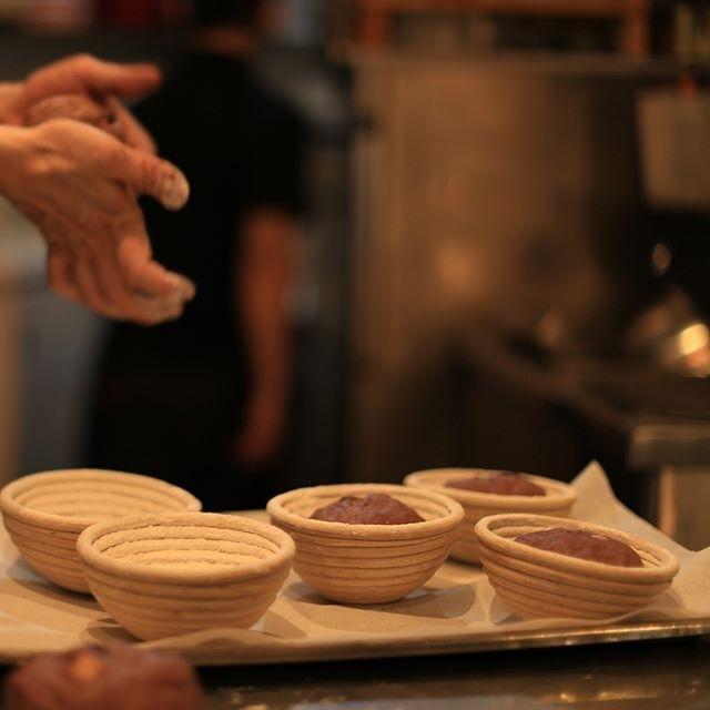パンも毎日手作りです。