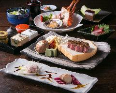 お肉だけではなく、魚介や野菜も味わえる