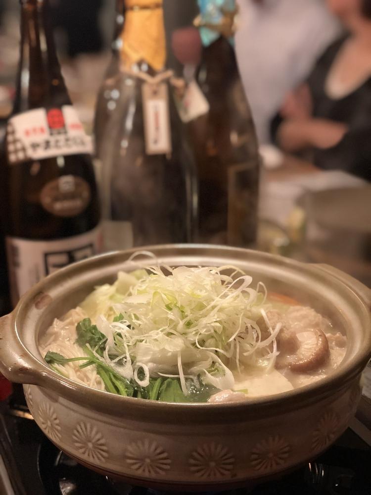 博多名物の水炊き鍋