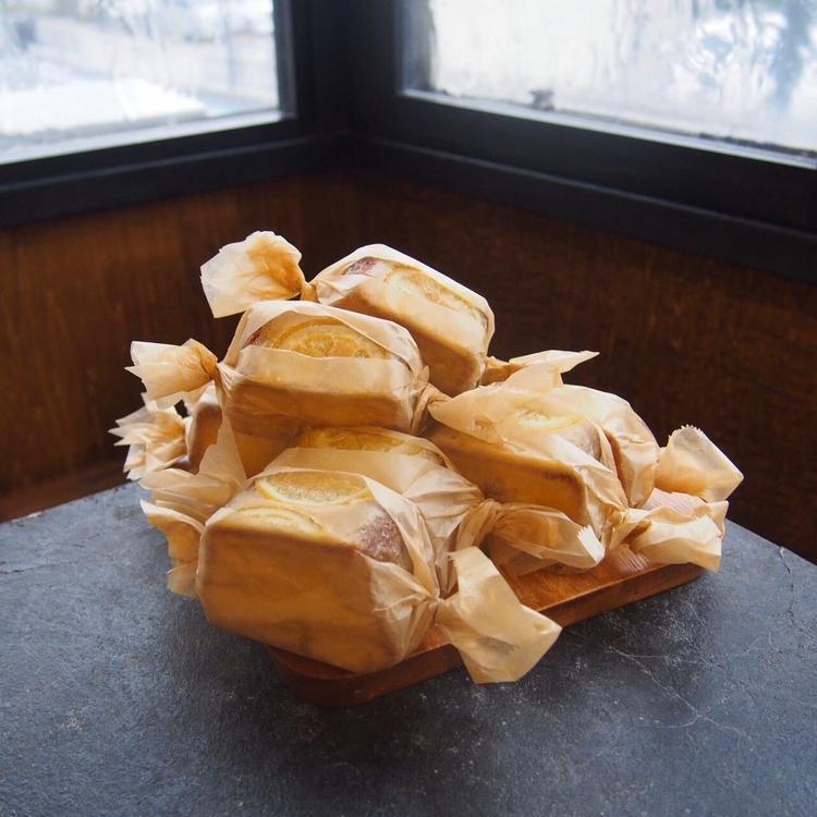 (2)素材にこだわった焼き菓子