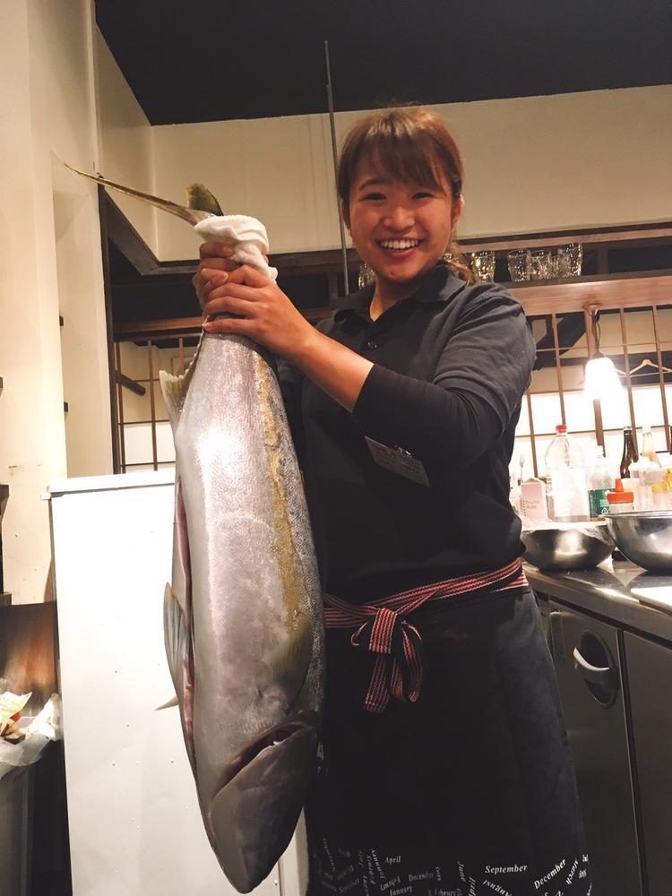 市場で買付けるから新鮮な魚
