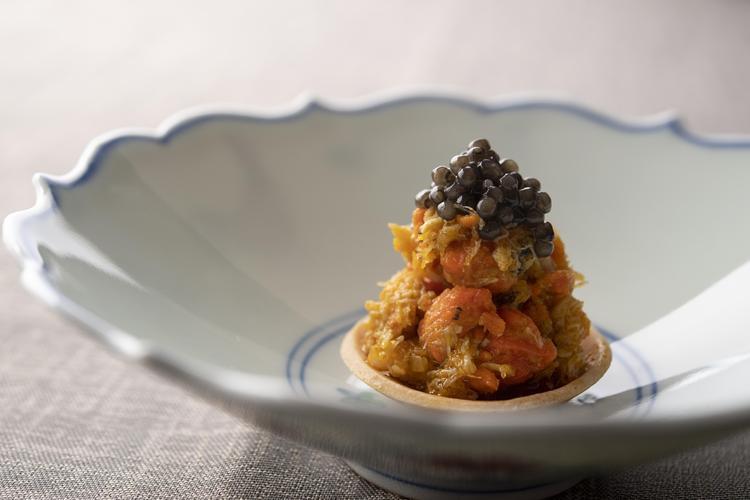 上海蟹 キャビア タルト