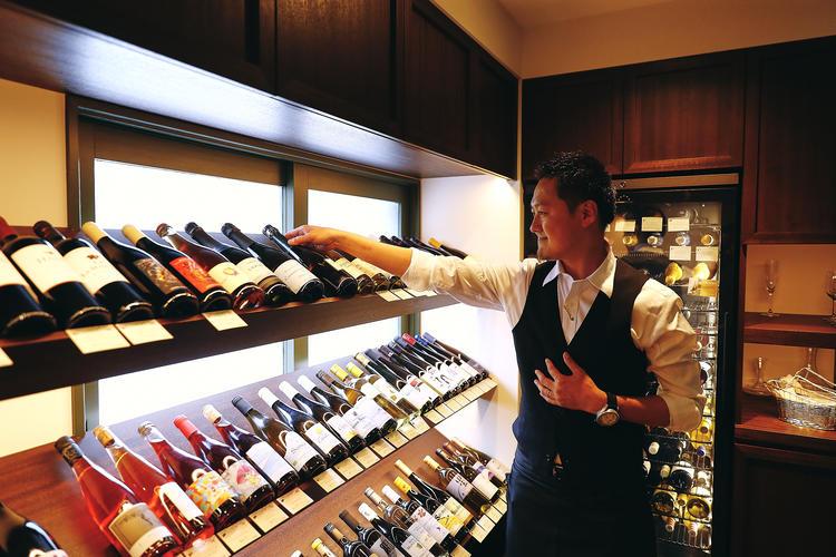 ソムリエからワインもしっかり学べます!