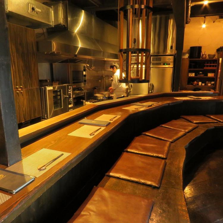 1階はオープンキッチンカウンター