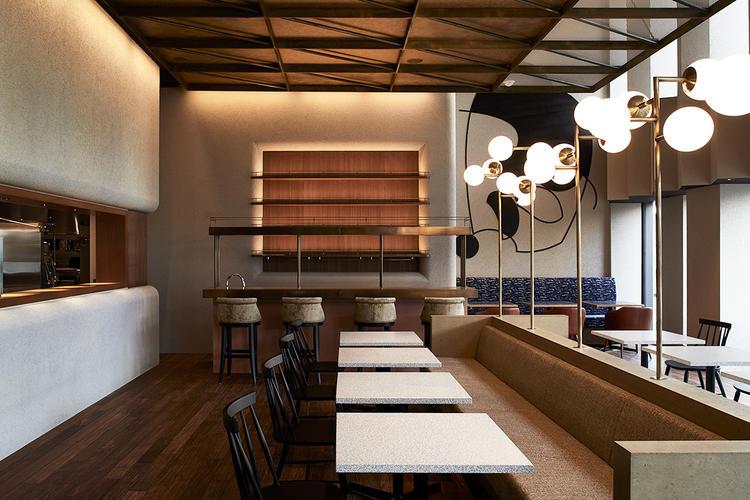 2F レストラン&カフェ