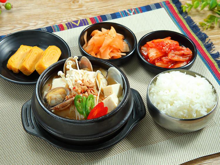 本格韓国料理!