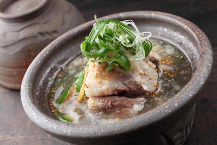 手作りにこだわった本格的韓国料理を提供