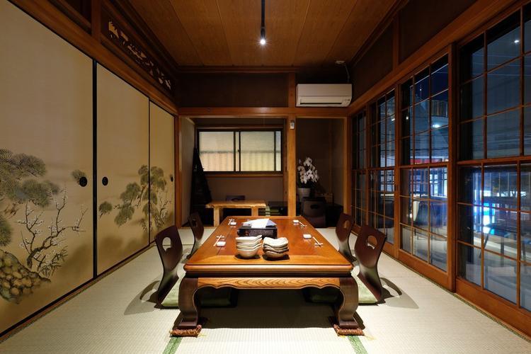 2階「鴨井」 モダンレトロの個室