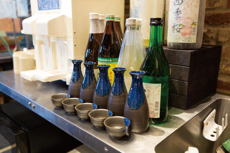 ビールだけでなく、ワインや日本酒も用意