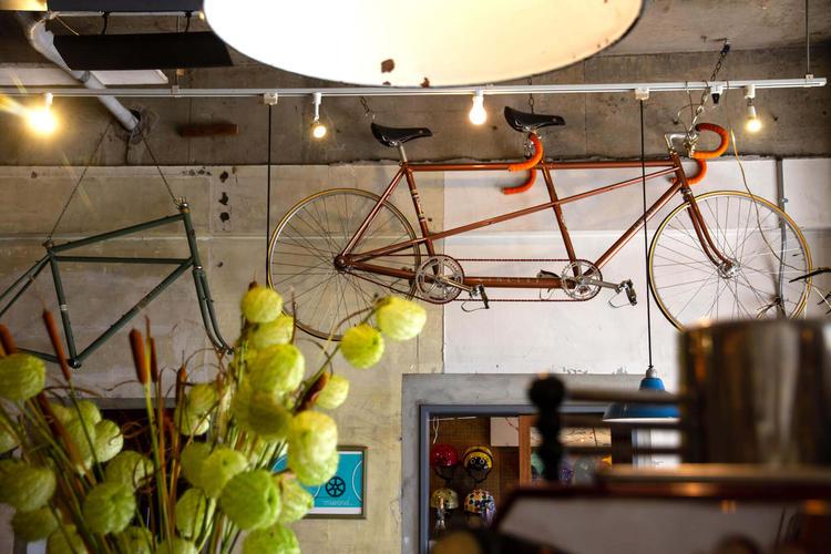 地域の自転車屋が母体です