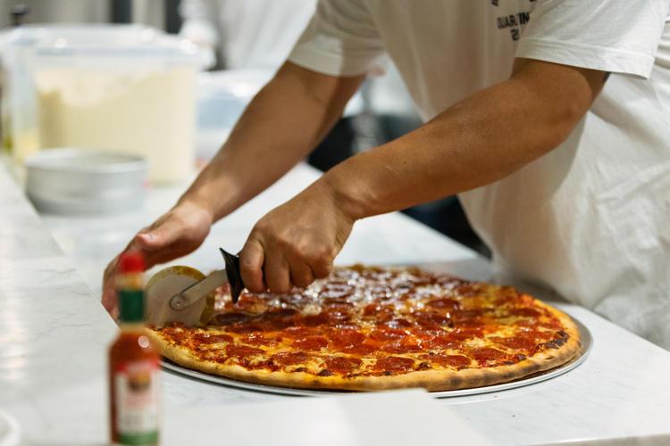 NYスタイルピザ PIZZA CLUB