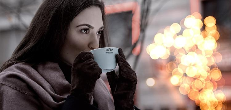 コーヒーはillyを提供