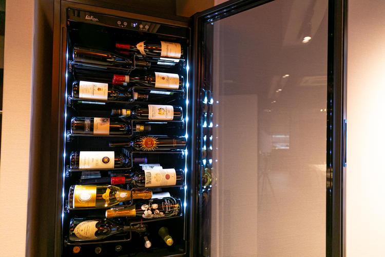 100種類以上のワインをラインナップ!