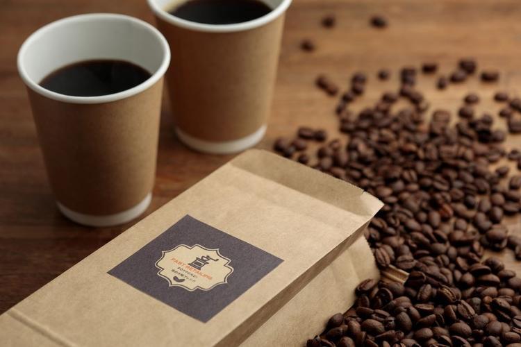 オリジナルのコーヒー豆も販売しています!
