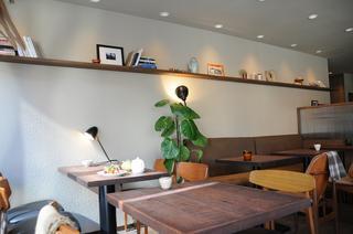 tea room mahisa 岡本店