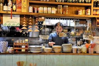 ベトナム屋台食堂 チョップスティックス