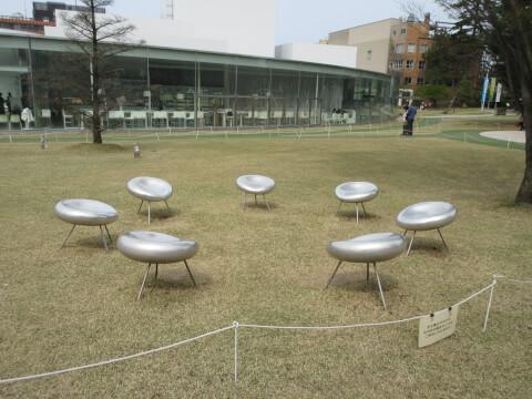 21世紀美術館 椅子