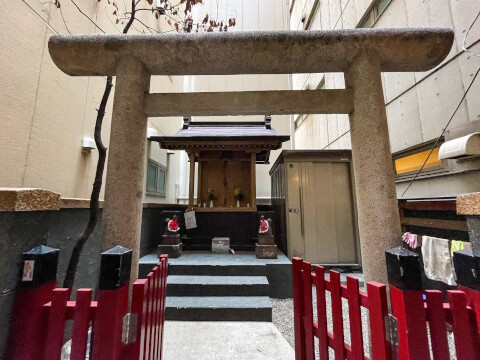 花房稲荷神社