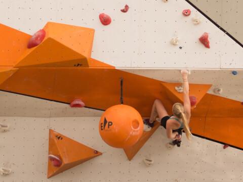 Climbing_17