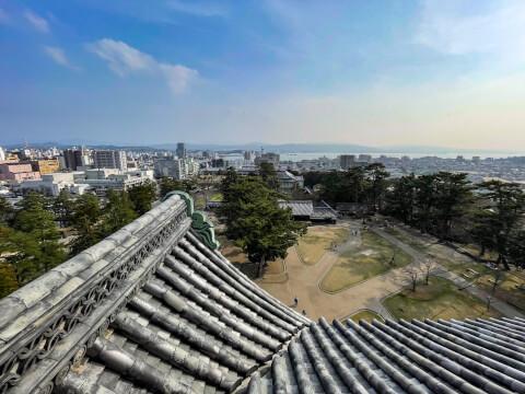 松江城天守閣から望む城山公園