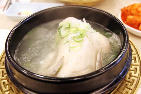 参鶏湯:サムゲタン