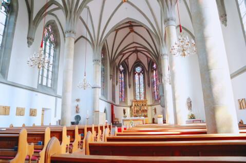 ファドゥーツ大聖堂-ステンドグラス