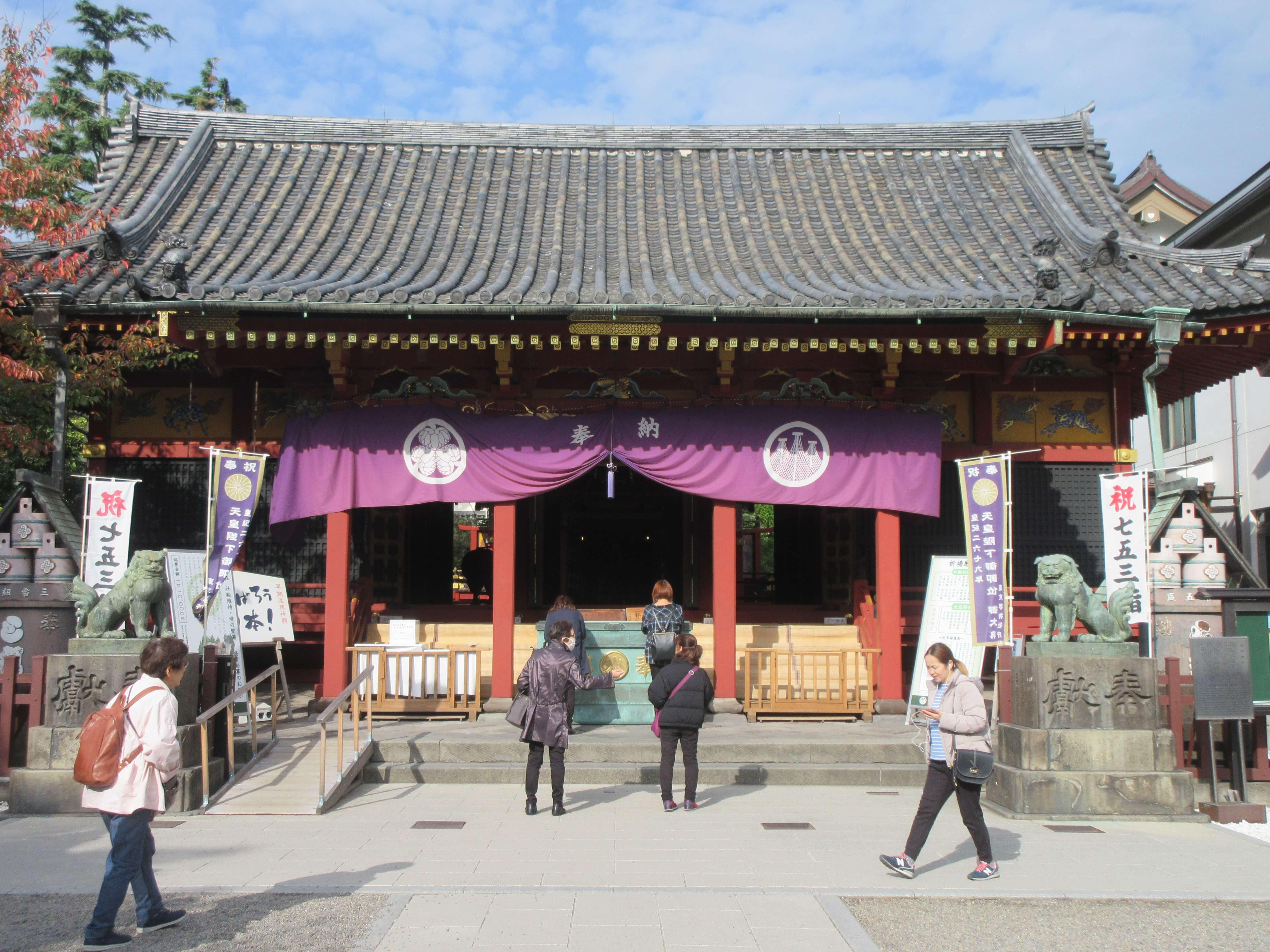浅草神社の観光ガイド!様々な石碑や御朱印に三社祭りなど見どころ満載 ...