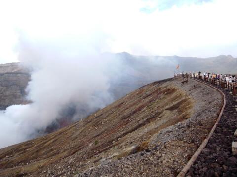 阿蘇中岳火口