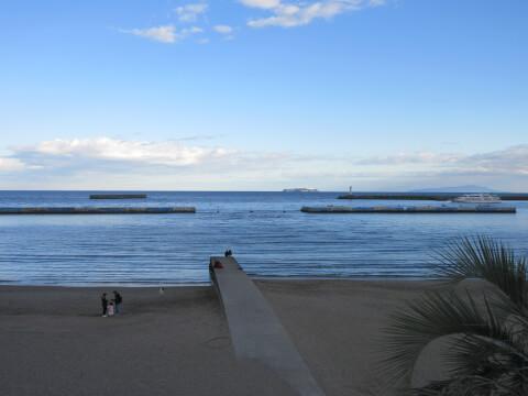 熱海の観光スポットの熱海サンビーチ