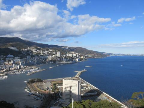 熱海城の天守閣展望台からの景色