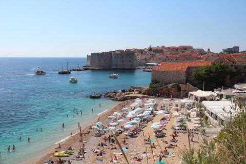 banje クロアチア バニェビーチ