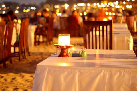 ジンバラン・ビーチ・カフェ