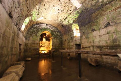 クロアチア スプリット ディオクレティアヌス宮殿 地下