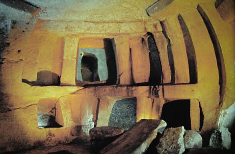 ハイポジューム地下神殿