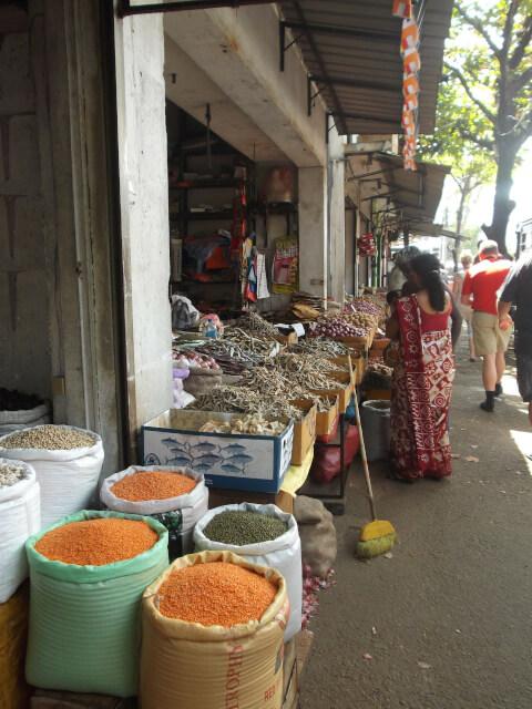 スリランカ観光-ベターマーケット