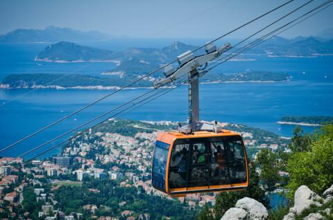 cablecar ドブロブニク クロアチア ケーブルカー