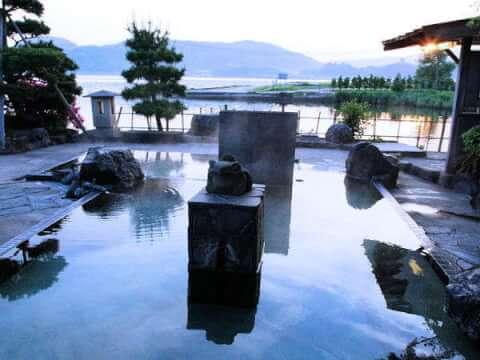 東郷温泉 楽園の湯
