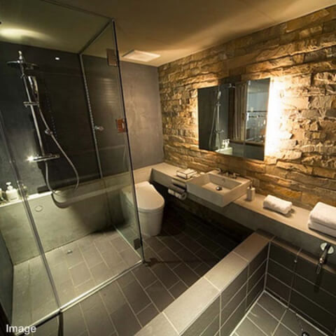hotel_cycle_bath_room