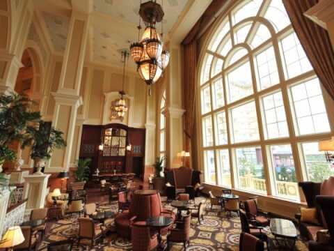 disney_land_hotel_dreamersrounge